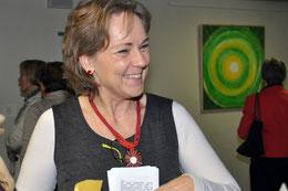 """Ich bin Ursula Konder, und unter dem Titel """"Gehversuch, Schritt I - UKo stellt aus"""" war meine erste Ausstellung im Oktober 2012 im Usinger Krankenhaus ein voller Erfolg. Foto: Tatjana Siebt"""