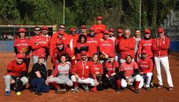 Nella foto la squadra di Pino Bataloni Red Foxes