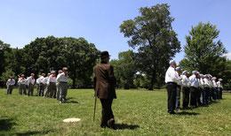 La presentazione di una partita di baseball antico in una delle Leghe che si rifanno ai regolamenti dell'epoca