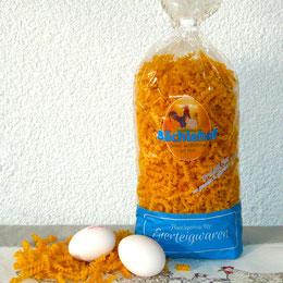 Hausgemachte Eierteigwaren mit frischen Freilandeiern