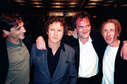 Quentin Tarantino, entouré de Harvey Keitel, et Tim Roth - Festival de Cannes 1992