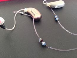 取り付け簡単!補聴器ストラップ。