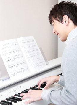 結婚式 ピアノサプライズ演奏 男性