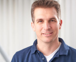 Dr. Dominik Wündrich