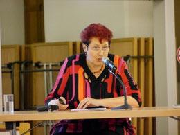 Prof. Dr. Dr. Doris Nauer im Stiftssaal