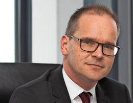 Grant Hendrik Tonne (SPD), Kultusminister. Foto: Tim Schaarschmidt