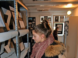 Leticia Milicevic interessiert sich für Einzelschicksale im KZ Auschwitz. Quelle: Patricia Oswald-Kipper
