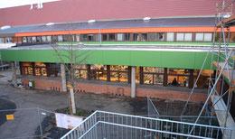 Der rückwärtige Bereich des Medien- und Selbstlernzentrums (hier im Bau) ist schwer einzusehen – Foto: JPH
