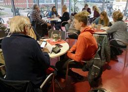 Gemeinsam lernen im Schülercafé (Foto: jph/sehnde-news.de)