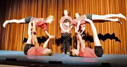 Akrobatische Kunststücke: Die Zirkus-AG (Gückel/haz)