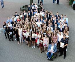 Das sind die Abiturienten der KGS Sehnde. Foto: Benedikt Thebes