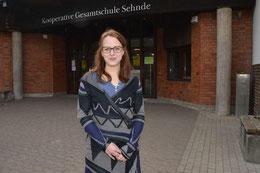Ines Lindenau (26) ist die neue Schulsozialarbeiterin an der KGS Sehnde. (Kühn/haz)