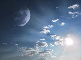 Yoga Sonne Mond Hatha