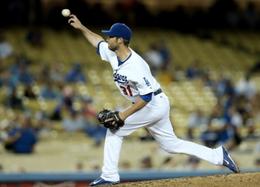 Il ricevitore Drew Butera (ha giocato anche con la Nazionale Italiana) nel ruolo di pitcher (Getty Images)