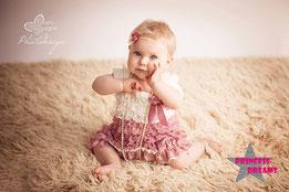 Rüschenkleid, Kleid, Taufkleid, Spitzenkleid, traumhafte Mädchen Baby Neugeborene Kleid, Baby Outfit, Neugeborenen Outfit, Kleidung, Neugeborenenfotografie,Babyfotografie, Kindershooting,Cake Smash, Geburtstag,Hochzeit