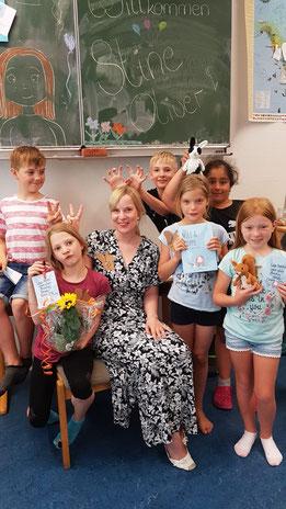 Einige der HeideMoor-Kids mit Stine, Miep und Moppe.