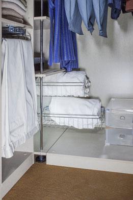 Con cestas correderas puedes aprovechar hasta el fondo del armario - AorganiZarte