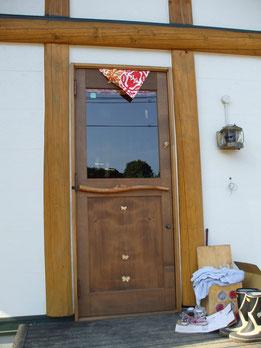 木製玄関ドア ログハウス
