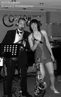 www.anywaymusica.it,matrimonio musica  provincia Imperia,Savona,Genova foto sposi sax cantante ballo notalibera