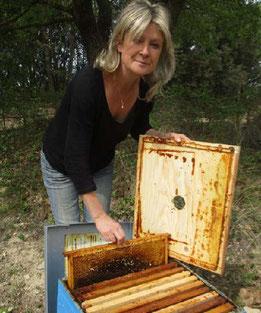 Shirine Salerno produit essentiellement du vin et du jus de raisin sans aucun traitement chimique. Photo Le DL/B.T.