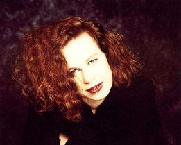 "In uscita il singolo ""HOLD ON TO LOVE"" di Sarah Jane Morris"