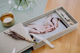 Hochzeitsbox mit Hochzeitsfotos der Fotografin in Mainz