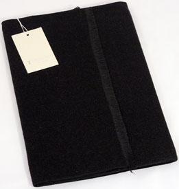 Bufanda exclusiva en 100% Seda, en negro
