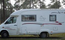 Aire de service pour camping car mairie de Grayan et L'Hôpital