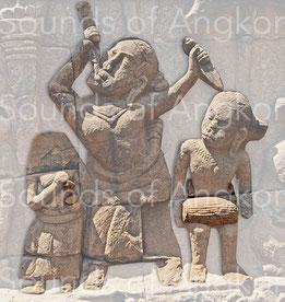 Avaleuse de couteaux au pied de la Terrasse de Yama (Terrasse du Roi Lépreux). XIIIe s.