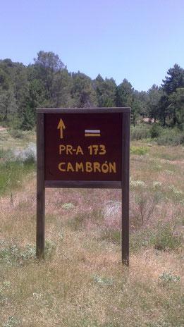 Comienzo de la ruta de la Peña del Cambrón en la Sierra de Segura