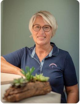 Annette Simon, Inhaberin