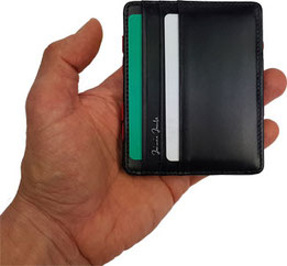 Schritt 2: Magic Wallet zuklappen