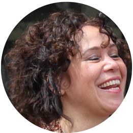 Sandra van Rooijen eigenaar van Hera Anahata
