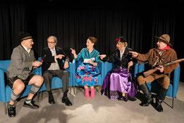 Geistreiche Unterhaltung mit dem Fools-Ensemble. (Foto: Karin Sommer)
