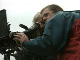 """Bericht im Schweizer Fernsehen (10vor10) über die Arbeit von Pio Corradi. (am Film """"Vollmond"""" 1997)"""