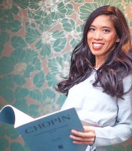 "Maria Nguyen-Nhu, Leitung Internationale Klavierschule - WDR3-Radiosendung ""Klassik Klub"", Diplom-Pianistin, Diplom-Klavierpädagogin, Diplom-Musikjournalistin"