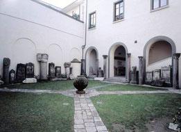Capua - Chiostro San Gabriello