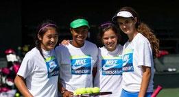 テニス キャンプ アメリカ 夏休み