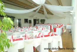 Hochzeitsdeko rot