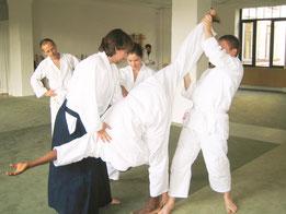 Aikidoschule Berlin - Ukemi, die Roll- und Fallschule des Aikido