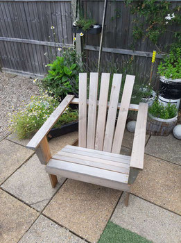 DIY Garden Chair Made From Reclaimed Wood