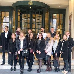Die Tourismusmanagement-Studierenden vom Bodensee Campus in Konstanz zu Besuch im Luxushotel Brenners Park- Hotel & Spa.