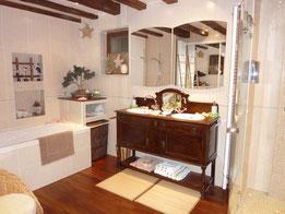 espace balnéothérapie douche massage décoration