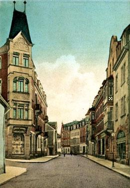 Röderstraße 5 Radeberg. In der 1. Etage wohnten die Familien Kirchner und Rinkefeil. (im Bild links)