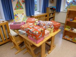 Grundschule Kulmbach - Ziegelhütten:  Weihnachtspäckchenaktion 2014