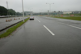 青森県運転免許センター障害物