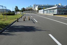 神奈川県運転免許センター障害物