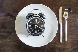 Intermittent Fasting vs. other Diets: Which is Best?