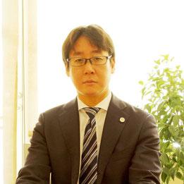 大鹿法律事務所からAimパートナーズ法律事務所いたしました弁護士の大鹿祐太郎です。トラブル回避の処方箋(法律)としてご相談ください。