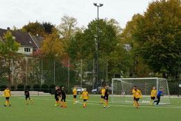 TuS E1 im Spiel gegen Sportfreunde 07. - Foto: m.d.